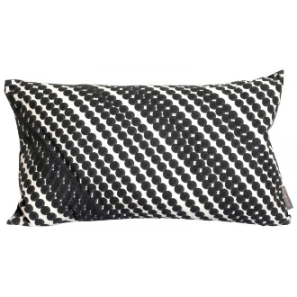 mimou-cushion-diagonal-dot